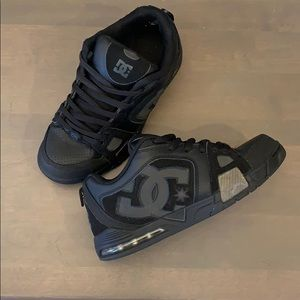 "Black DC Skateboarding Shoe ""Frenzy"" 6"